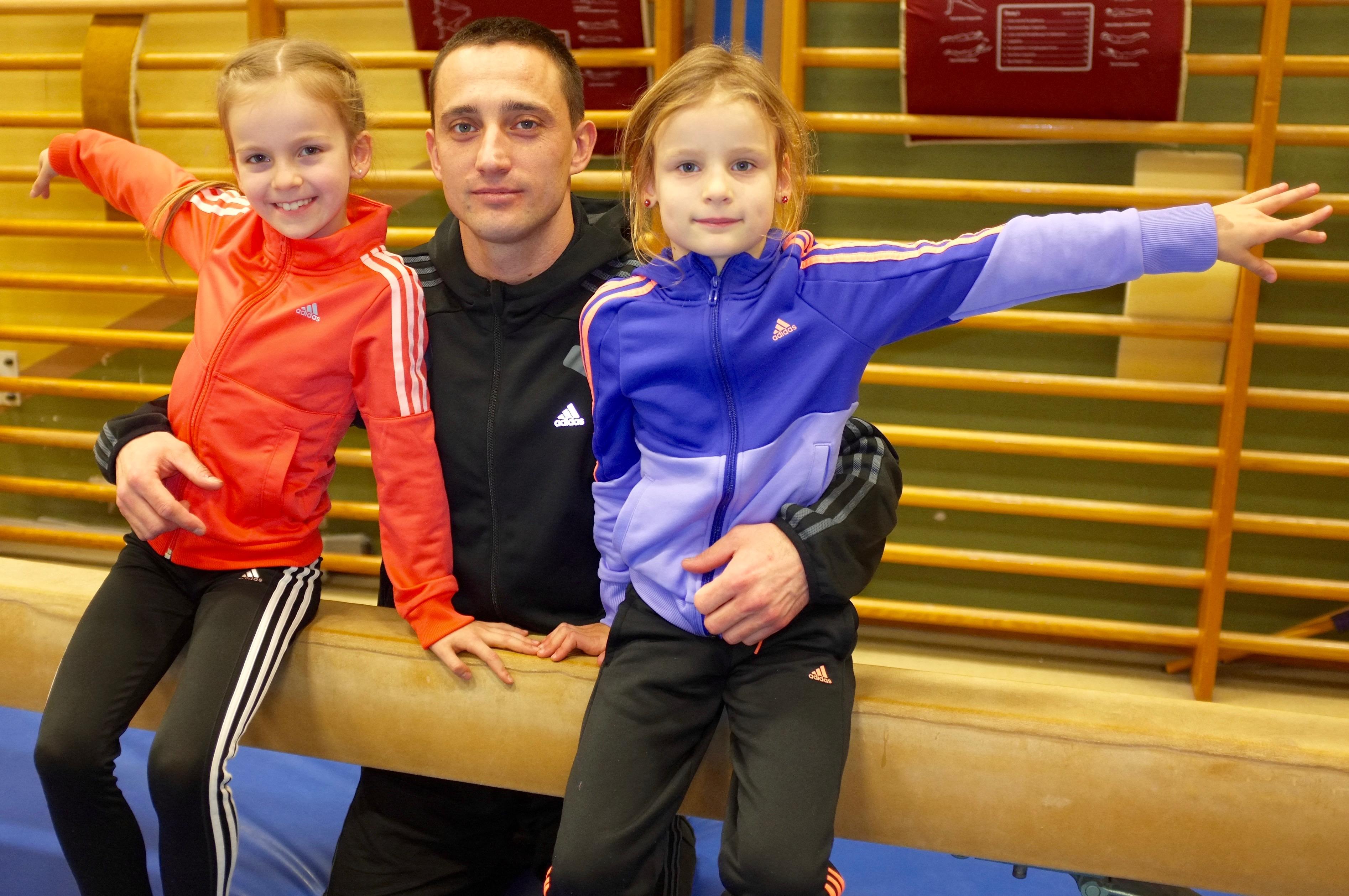 Anna Kneisel, Trainer Pavel Kolesnichenko und Carlotta Zinke